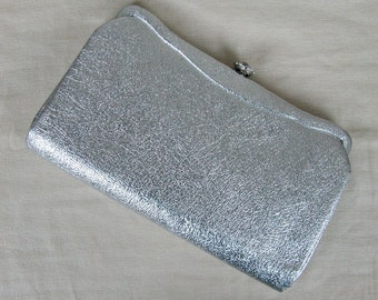 Vintage 1950s Silver Evening Clutch 50s Metallic Silver Vinyl Clutch