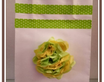 Small gift bag with yellow/lime green tissue paper flower