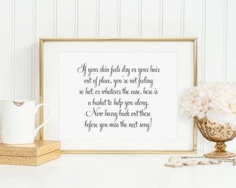 Wedding Bathroom Basket Sign, Wedding Reception Signage, Wedding Bathroom Sign, Bathroom Goodies sign, Toiletries Sign (Set of 2), WFS04