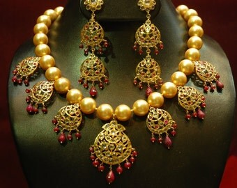 Alyza pearls south sea pearl chand tika necklace in real ruby awaize
