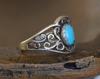 Turquoise Filigree Vintage Sterling Silver Ring, US Size 5.0, Used