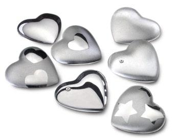Pocket heart-warmers