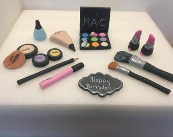 Cosmetic (Makeup) edible cake topper