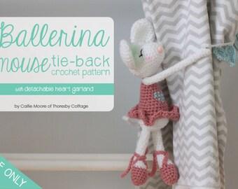 Ballerina mouse curtain tie-back crochet pattern