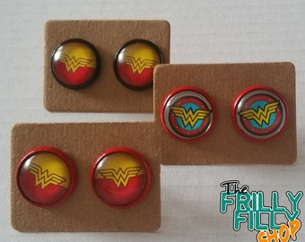 WONDER WOMAN earrings earrings