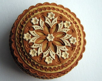 Small Carving Box Jewelry Birch Bark Wooden Round Box