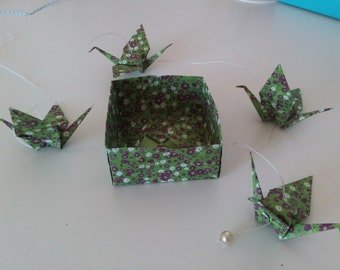 Origami garland #5 - green floral crane x4 and 1 pearl -