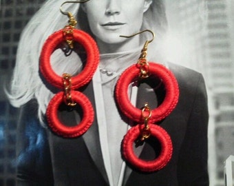 Earrings made of crochet cotton red circle