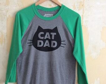 Cat T-shirt - Cat Dad - Unisex 3/4 Sleeve Raglan T-Shirt, Light Gray Heather with Green Sleeves Cat T-Shirt