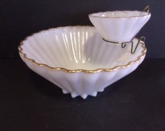 Vintage Anchor Hocking Fire King Rachael Milk Glass Chip & Dip Bowl, (# 618/28)