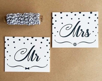 Mr & Mrs-traditional letterpress printed place cards