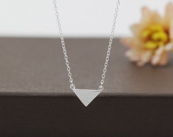 sterling silver minimalist necklace, silver simple necklace, silver shape necklace,silver triangle necklace,silver minimalist shape necklace