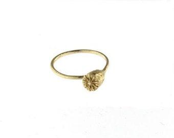 Poppy pod Ring Gold