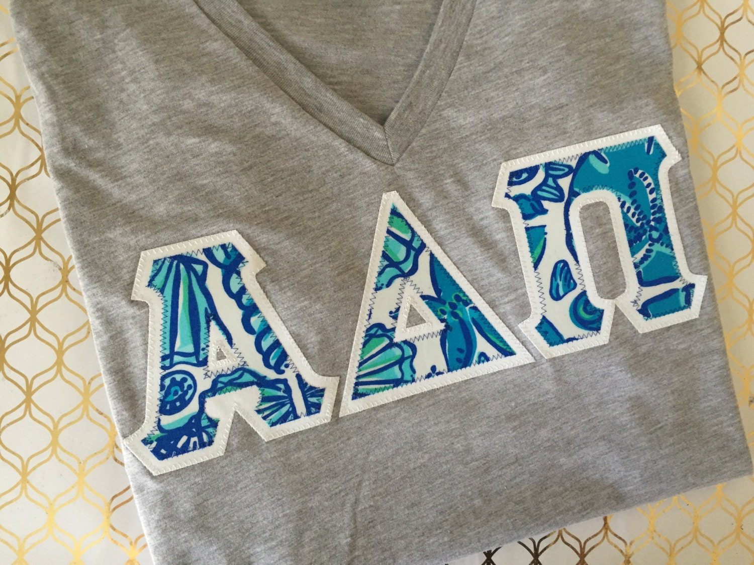 lilly pulitzer v neck greek letters sorority lilly pulitzer sailors valentine lilly pulitzer sorority letters greek letter sweatshirt