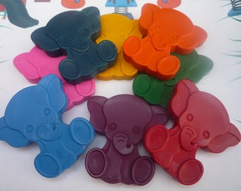 8 elephant shaped novelty wax crayons