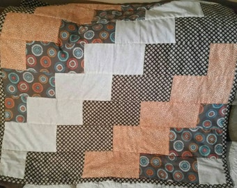 Cute, modern lap quilt or wall hanging