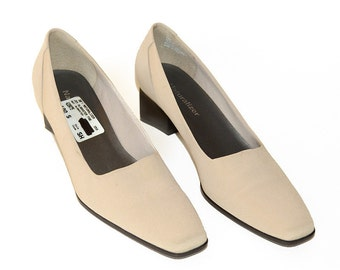 "Naturalizer Womens Vintage ""Joy"" Alabaster Fabric and Tan Leather Shoes, Square Toed, 2-1/8"" Stacked Heel Pumps, Size 10 S, Womens Shoes"