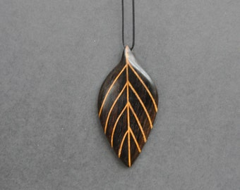 Natural, wooden Pendant - Leaf