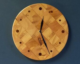 "10"" Butcher Block Kitchen Clock - Round Wall Clock - Recycled Pine"