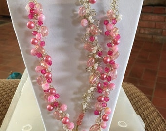 10 white, sparkles and pink on gold wire