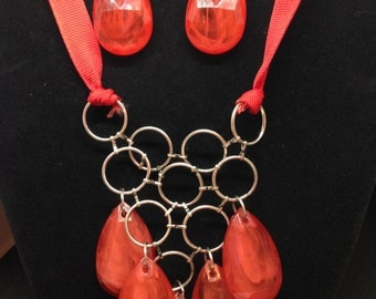 Red Oval Necklace With Matching Earrings - Honeycomb Inspired