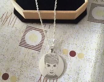 Portrait Necklace,Portrait Pendant,Personalised Pendant,Custom Necklace,Silver Pendant,Engraved Pendant