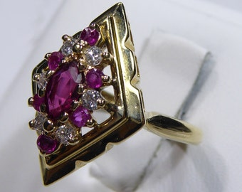 Vintage 14k yellow gold ring with Ruby and Diamond, size6