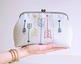 Colorful Arrows Embroidery Clutch, Cosmetic Bag, Kiss Lock Purse, Metal Frame Purse, Beige Clutch, Hand Stitched Arrows Bag, Modern Handbag