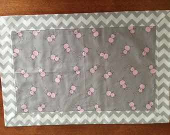 Pink and grey bunny placemats