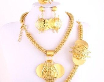 Elegant Gold Jewelry Set