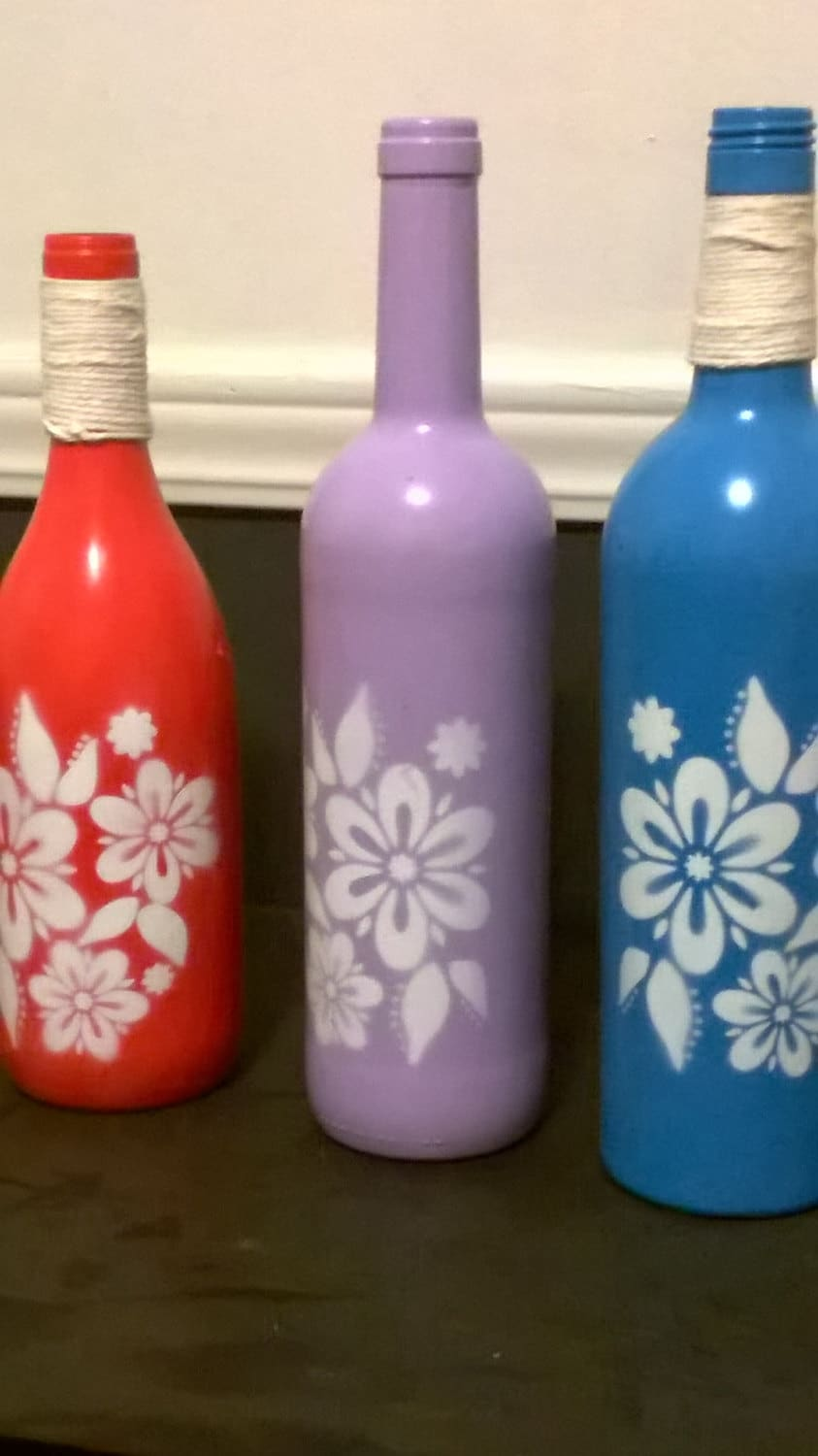 Spray painted flower wine bottles by jacksonsglass on etsy for Painting flowers on wine bottles