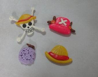 Collection of four magnets One Piece