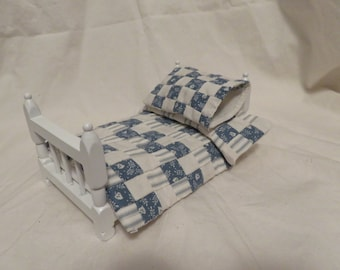 "Dollhouse Pillow Sham ""Ticking & White Leaf on Blue"""