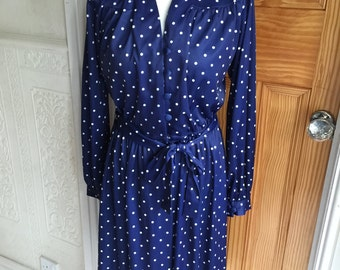 True Vintage  belted Navy & white Spotted Dress 12/14.