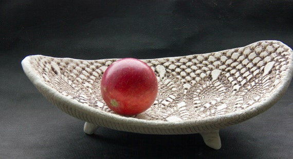 Large Decorative bowl oval shape Rustic fruit bowl Ceramic home decor White table : large red decorative plate - pezcame.com
