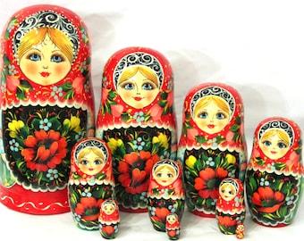 "Matryoshka ""Khokhloma tunes"" 10 seats"
