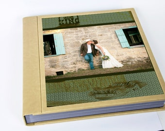 It's time to do something with all those great wedding photos.