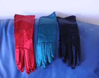 Vintage gloves years 70