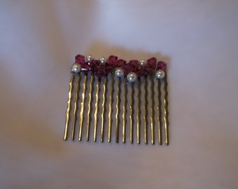 Hair Comb/Bride Hair Accessory / Bridal / Prom / Wedding