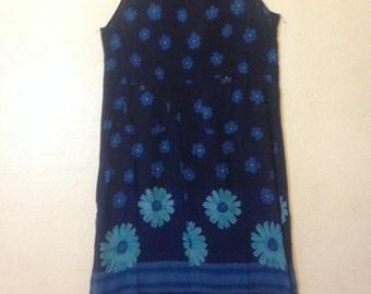 women blue sleeveless mini dress