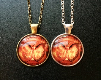 Mockingjay pendant necklaces, your choice of silver or bronze, Hunger Games pendants