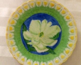 Magnolia dish