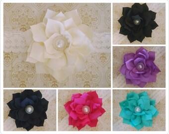 Stretch lace headband with flower - cream