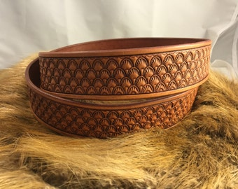 Shell leather belt