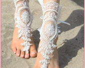 White bridal steampunk beach sandals - victorian lace bridal barefoot sandals, Women's wedding barefoot sandles, Women's lace anklet