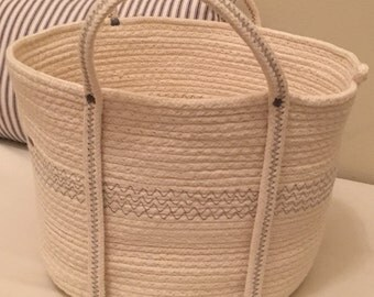 Medium Coiled Clothesline Basket with Long Handles