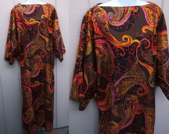 60s Pschedelic Paisley Caftan Dress // Midi Maxi Full Length Lounge Gown