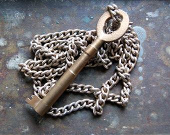 Skeleton Key Necklace - key necklace - vintage key necklace - antique key necklace - boho chic - bohemian jewelry