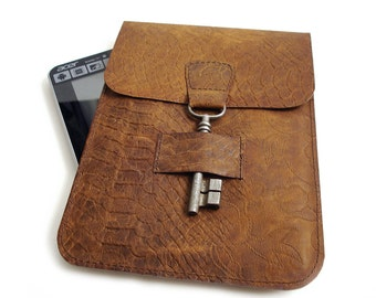 Leather iPad Mini Case - Leather iPad E-reader Sleeve - Leather Kindle Case with Antique Key Closure