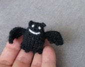 Magnet - Shy Bat - Knitted and Crocheted